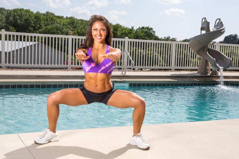 Упражнения от целлюлита на бедрах и ягодицах
