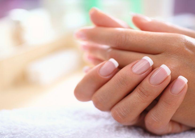 Продольные трещины на ногтях рук причины и лечение