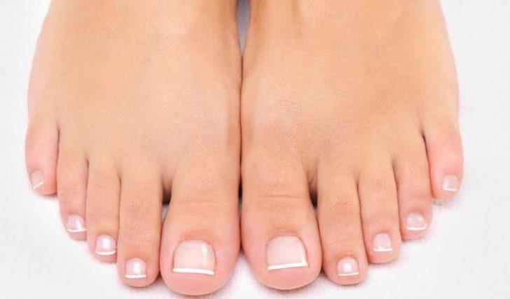 Левомеколь от грибка между пальцами ног