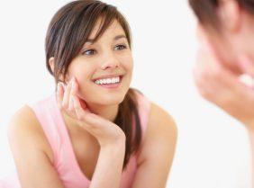 Устраняем первые морщинки на лице