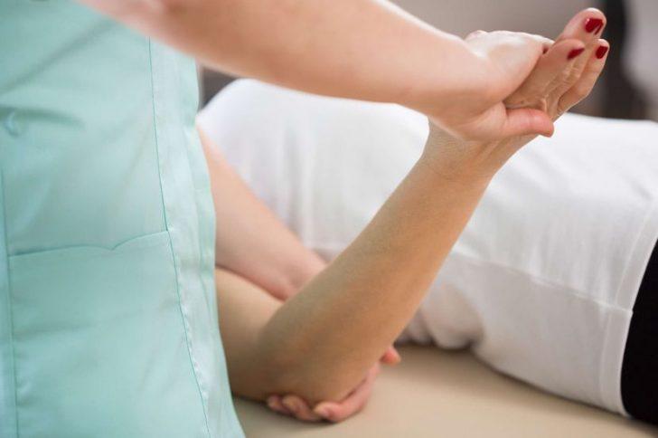 Лечение отека локтевого сустава мышечная шишка в локтевом суставе