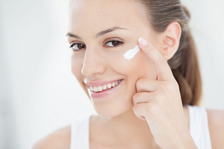 Эффективные крема от морщин на лице: рейтинг лучших