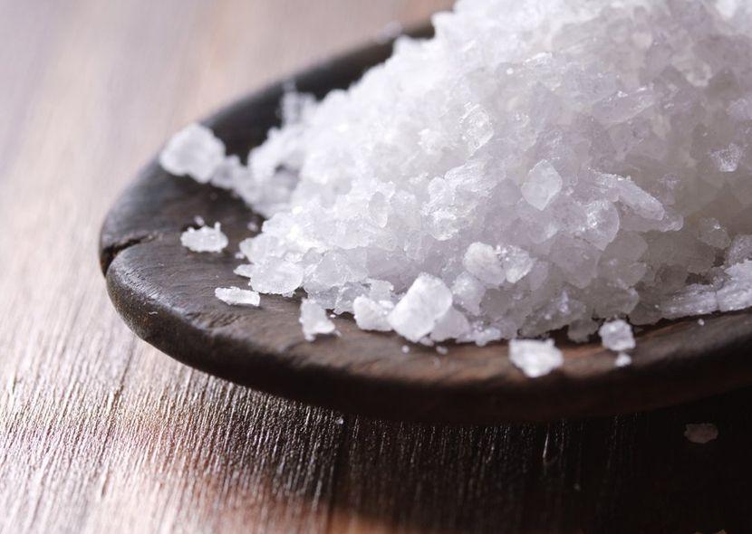Лечение пяточной шпоры морской солью