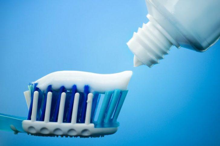 Лучшая зубная паста для десен