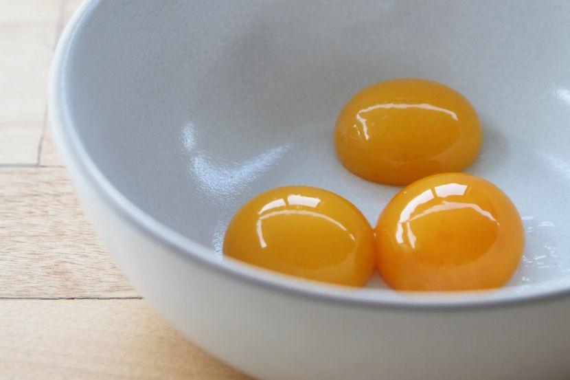 Применение яичного желтка
