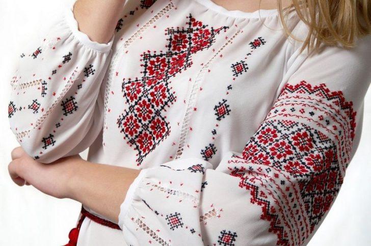 Дуэт вышиванок — лучшая национальная традиция для влюбленных пар