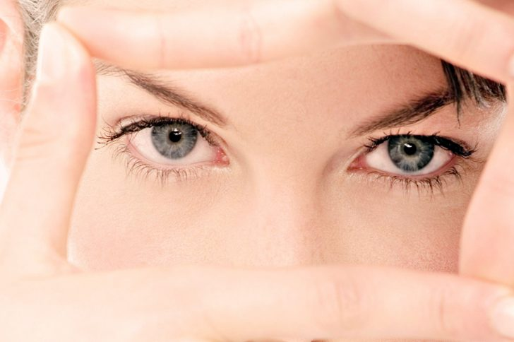 Как быстро восстановить зрение в домашних условиях? Можно ли улучшить зрение без врачей?