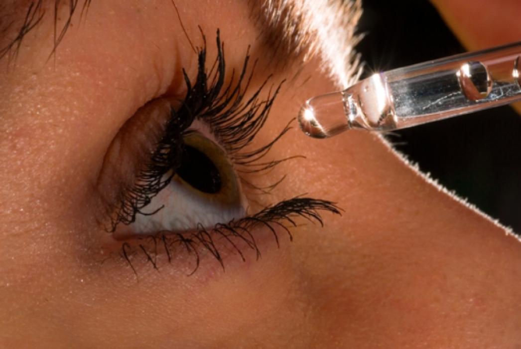 Применение глазных капель при близорукости