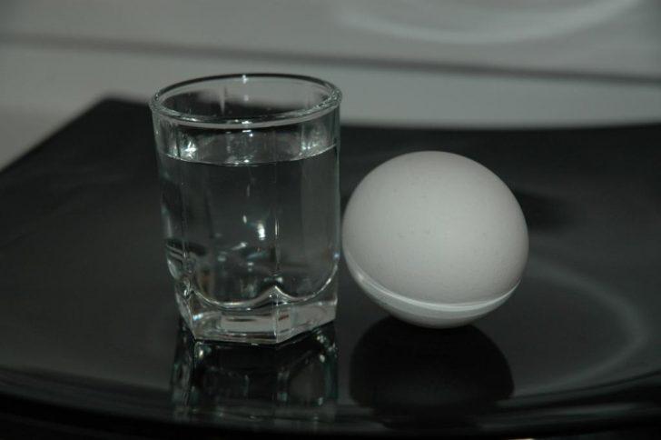 Яйцо и уксус против грибка ногтей