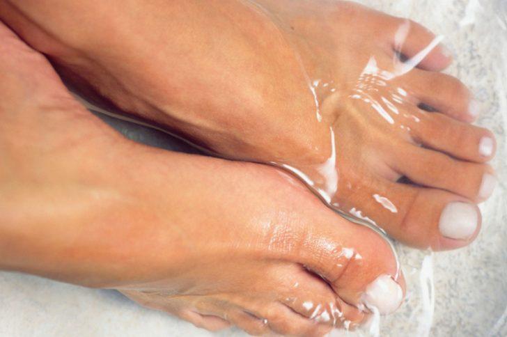 Ванночки для лечения грибка ног: рецепты приготовления