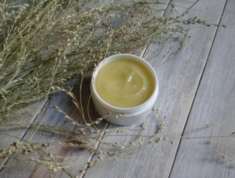 Несколько рецептов приготовления домашнего крема для век от морщин