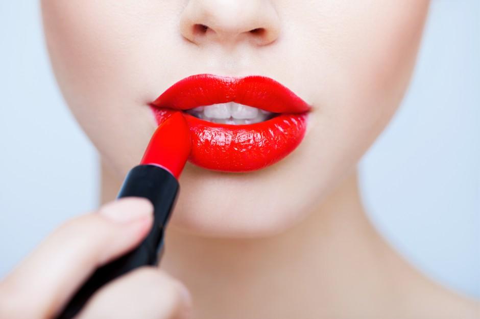 Как сделать губы пухлыми в домашних условиях быстро и навсегда