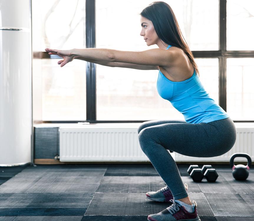 Приседания для ягодиц: эффективные упражнения как качать попу