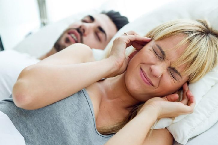Как избавиться от храпа во сне в домашних условиях