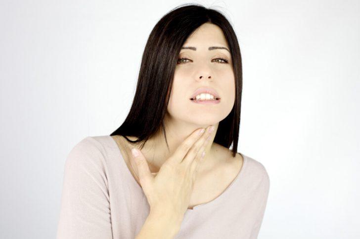 Папиллома гортани: причины, симптомы и лечение