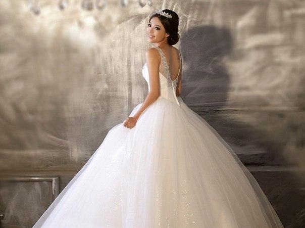 «Новиас» — лучший салон свадебных и вечерних платьев