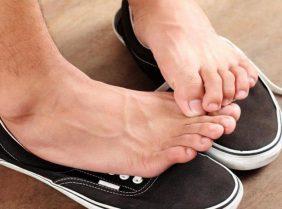 Лучшие средства от неприятного запаха ног