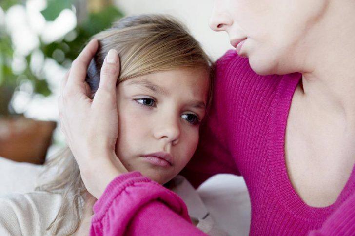 Запах ацетона изо рта у ребенка: причины