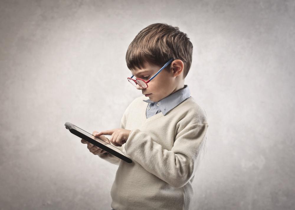 Причины нарушений зрения у детей