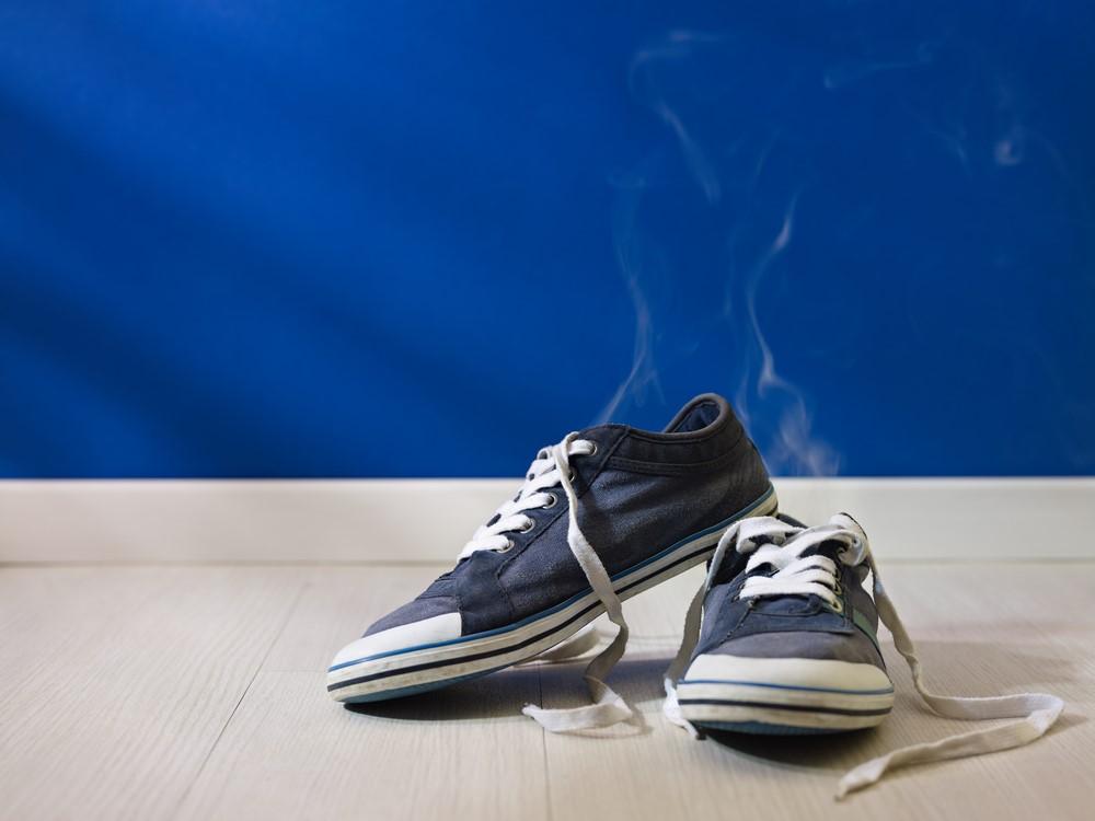 Причины неприятного запаха ног