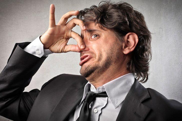 Как быстро убрать запах перегара изо рта