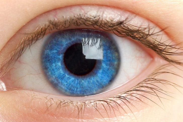 Первая помощь при травмах глаза в условиях клиники — преимущества и результаты