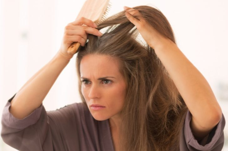 Седые корни волос при мелировании