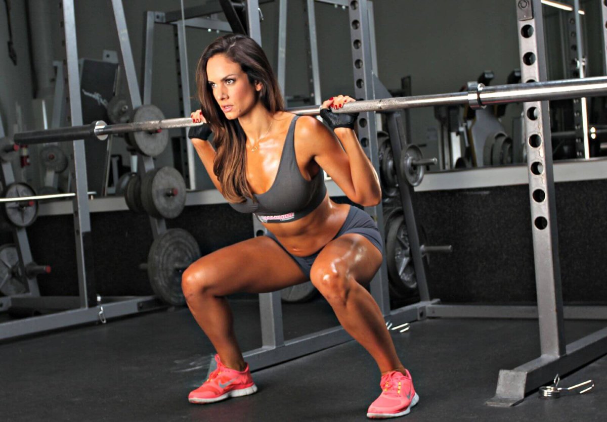 упражнения с гантелями для девушек для похудения