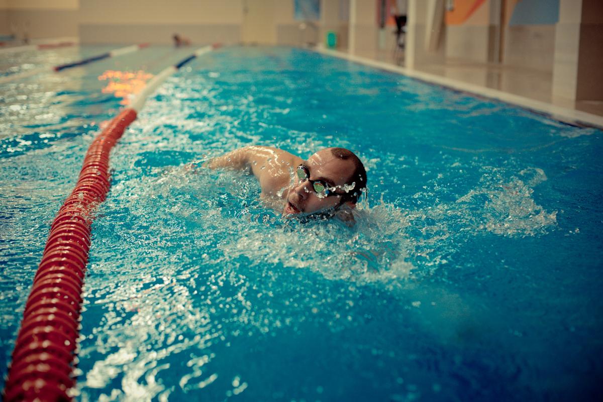 Преимущества фитнес клуба с бассейном
