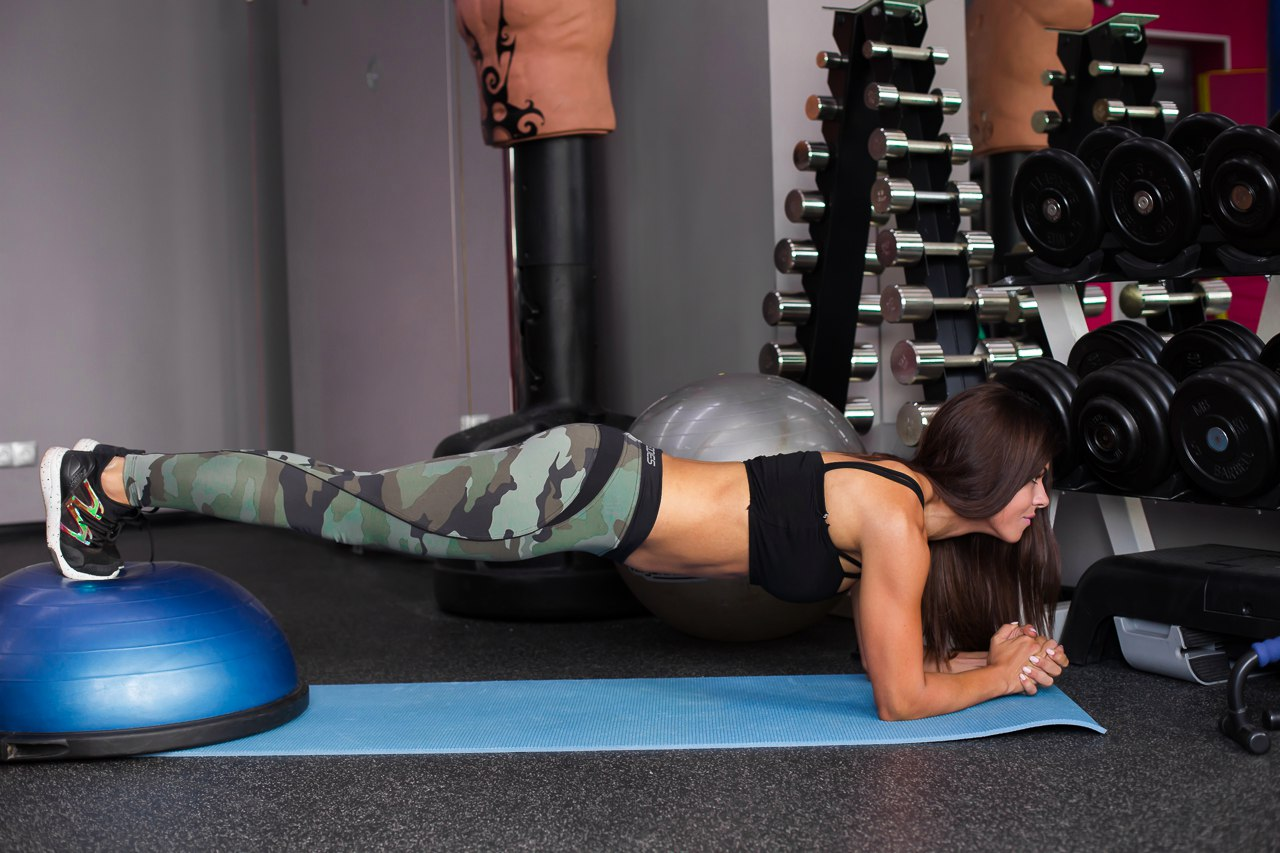 упражнение планка для живота