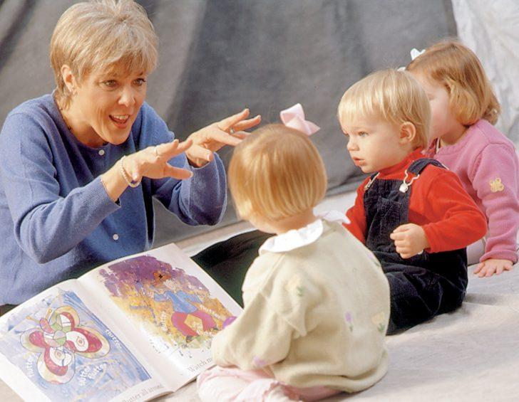 reading-to-children
