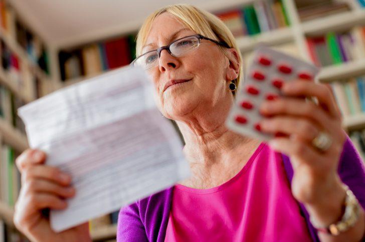 Таблетки при климаксе: какие помогают?