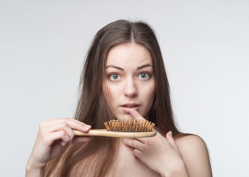 Гормональное выпадение волос у женщин – как вылечить?