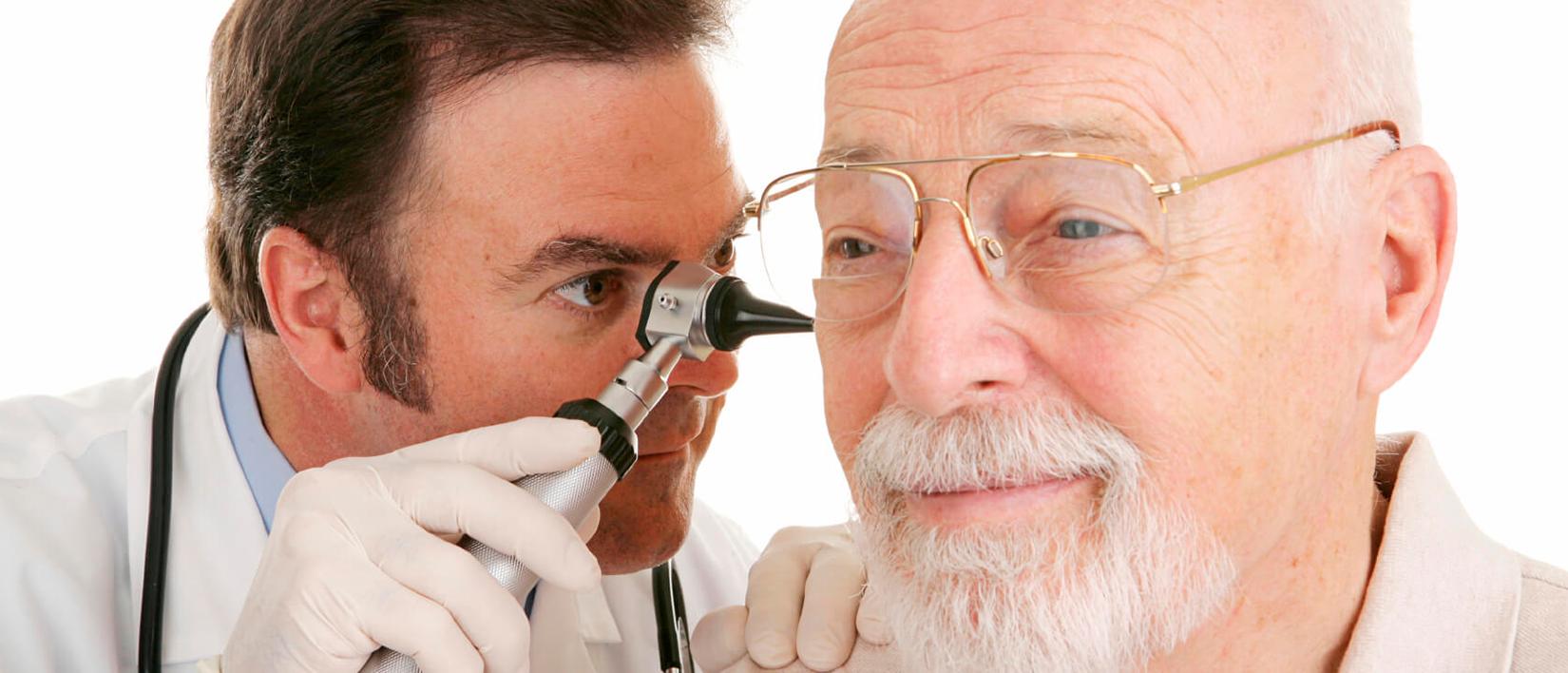 Как подобрать слуховой аппарат для пожилого человека