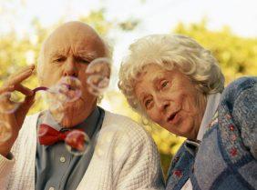 Витамины для пожилых людей: что, зачем и как принимать