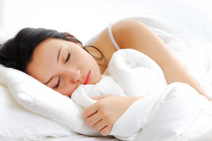 Сладкий сон: выбираем качественное и долговечное одеяло