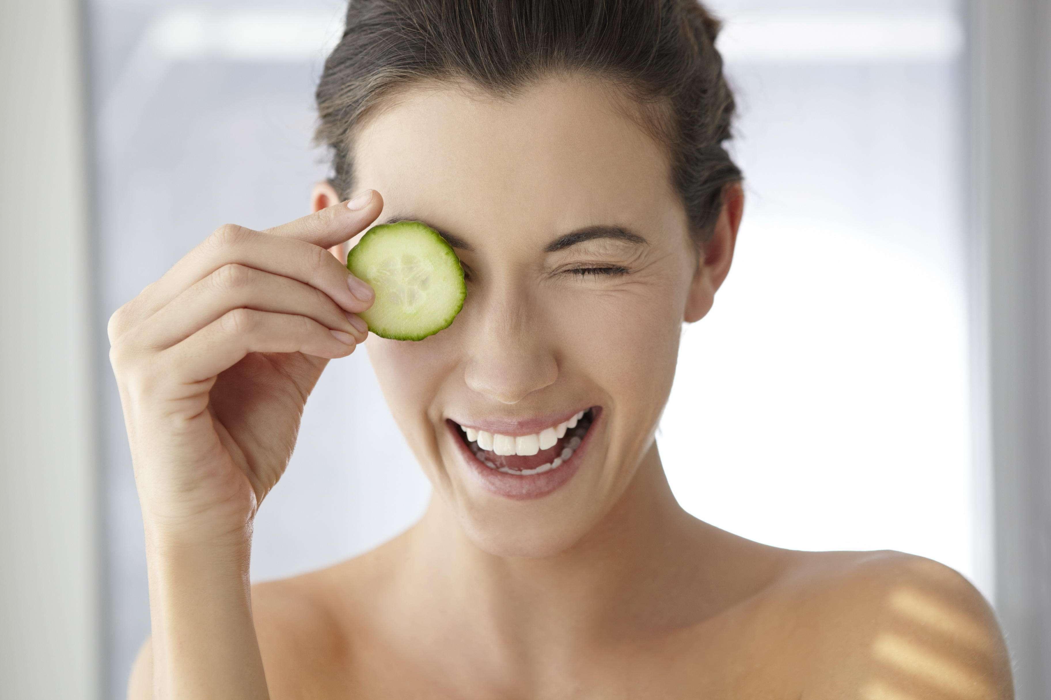 Как избавиться от морщин вокруг глаз: самый эффективный метод