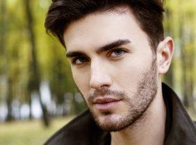 Почему плохо и медленно растет борода?