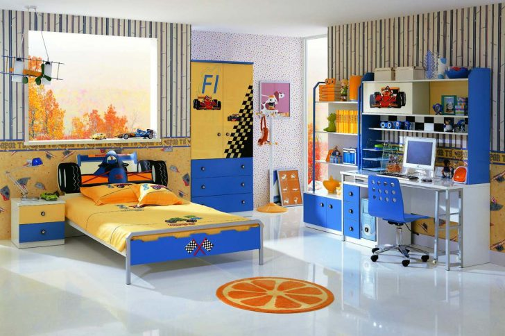 Как выбрать детскую мебель для мальчика и девочки?