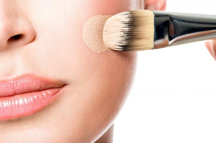 Как выбрать тональный крем для сухой кожи