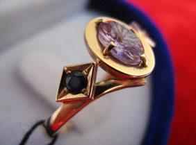 Уральский александрит: кольцо и украшения с александритом