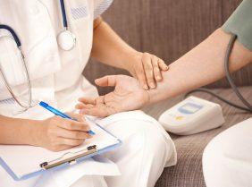 Предрейсовый медицинский осмотр: правила прохождения и требования к врачу