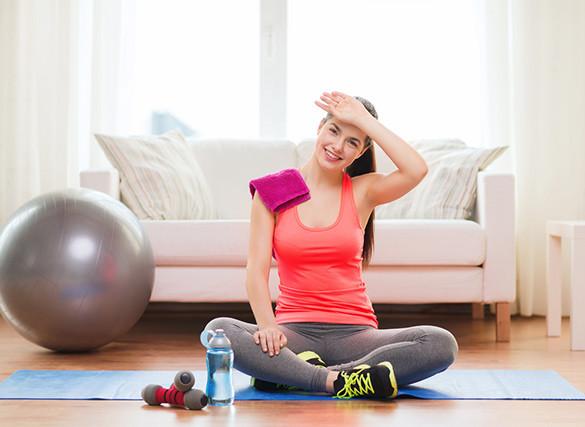 Тренировки дома: комплекс эффективных упражнений, техника выполнения, советы