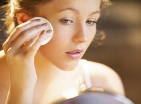 """Как ухаживать за кожей без """"уколов красоты"""""""