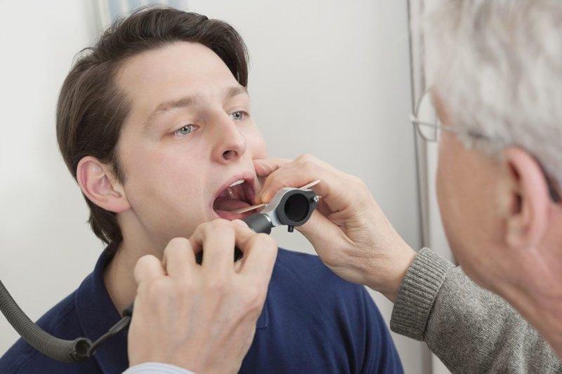 Частичное удаление миндалин: показания для проведения операции