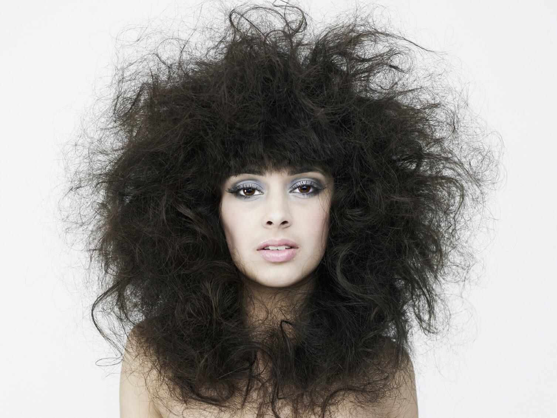рекомендации по уходу за пушистыми волосами