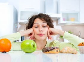 Диета при запорах у взрослых: эффективные средства от запора