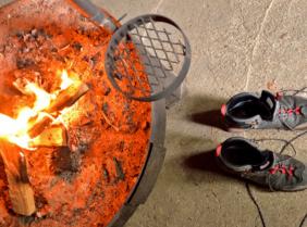 Как быстро высушить мокрую обувь